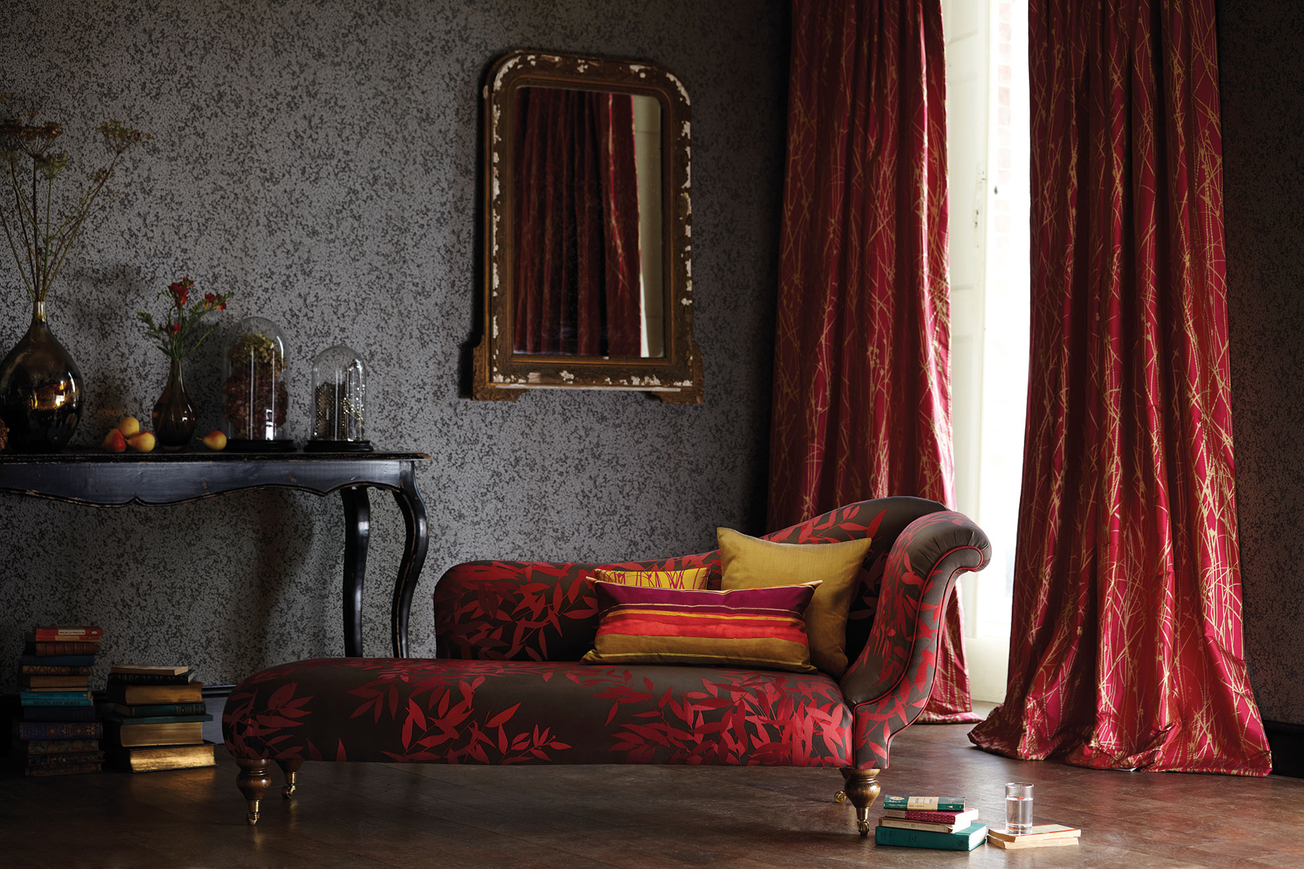 Cheshire curtains interior design cheshire for Wallpaper home decor